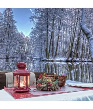 Eine romantische Winterkahnfahrt für Zwei